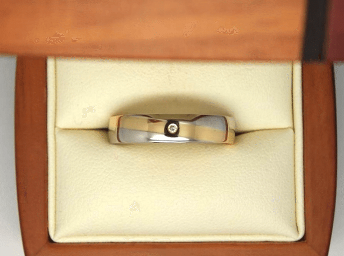 Two tone men's engagement ring