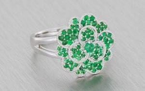 Jewelled Emerald Green Carnation Cocktail Ring - Portfolio