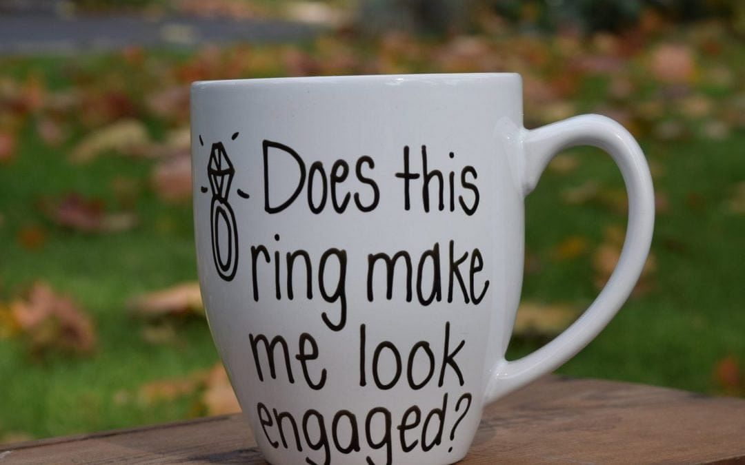 Great Ways To Announce Your Engagement