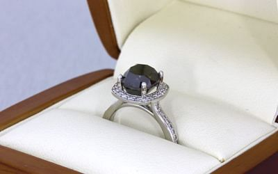 Black Diamond: The Custom Engagement Rings Everyone is Talking About